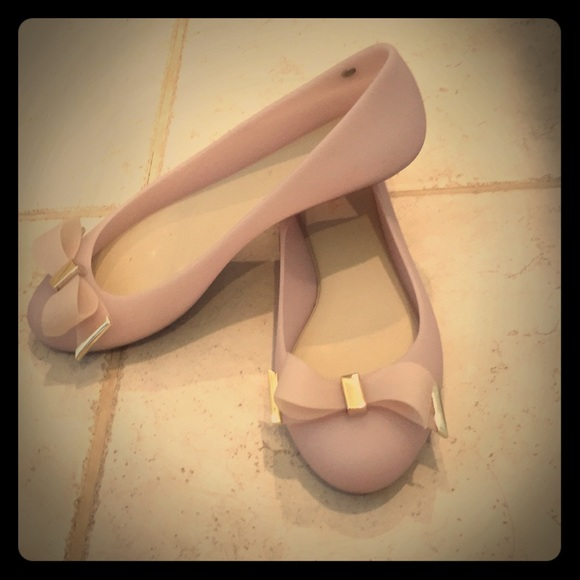 bd47d03fdc7b5c Melissa jelly flats bow tie gold accent. M 5b4a976103087c0273f72657